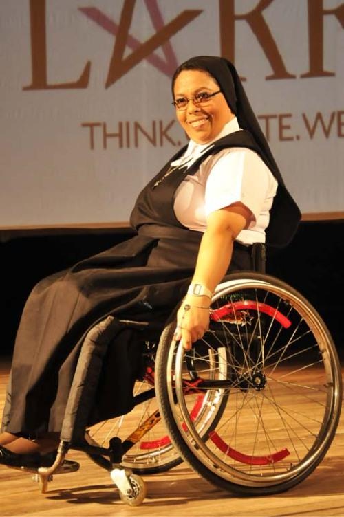 moda callejera, moda para discapacitados